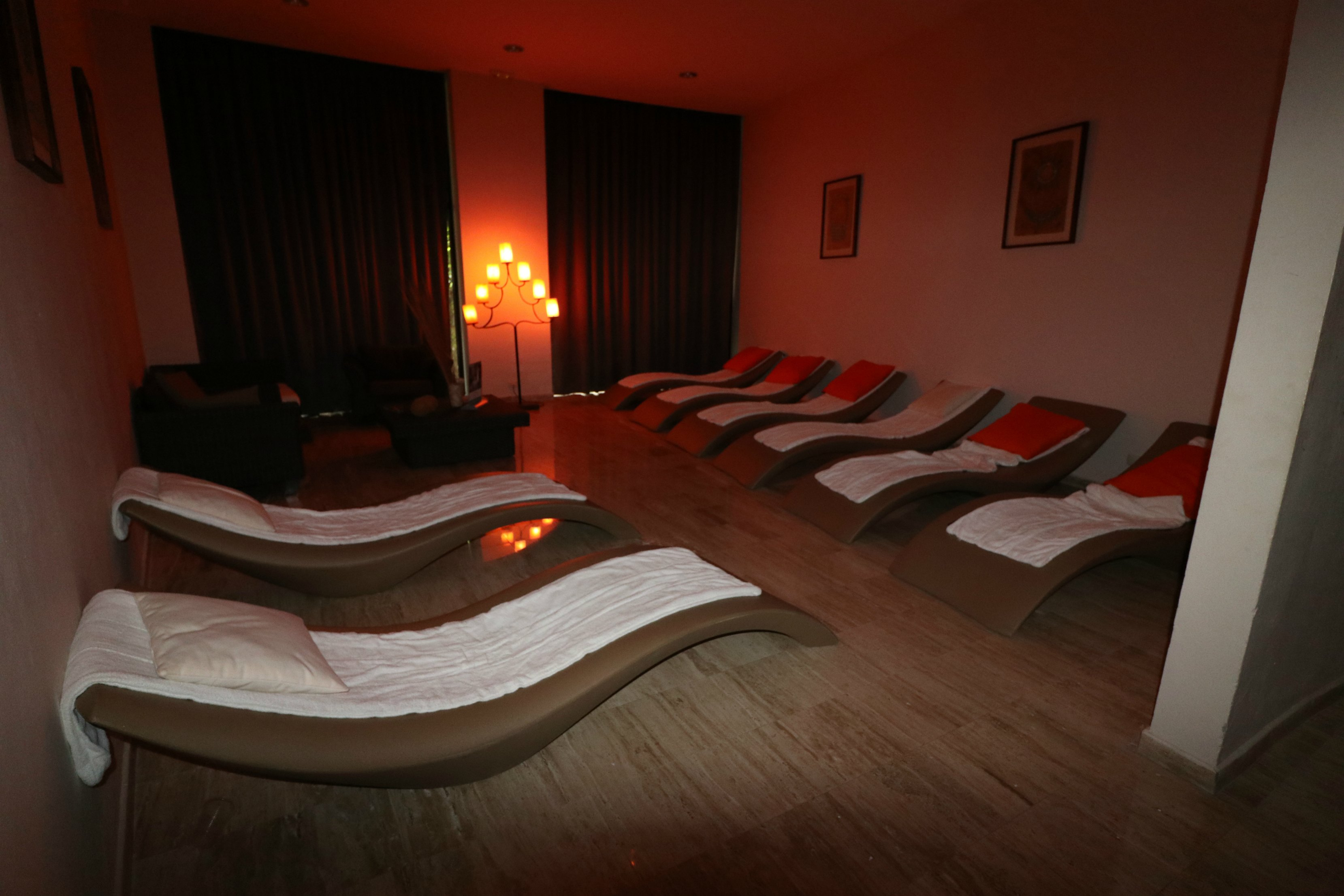 palladium relaxation room
