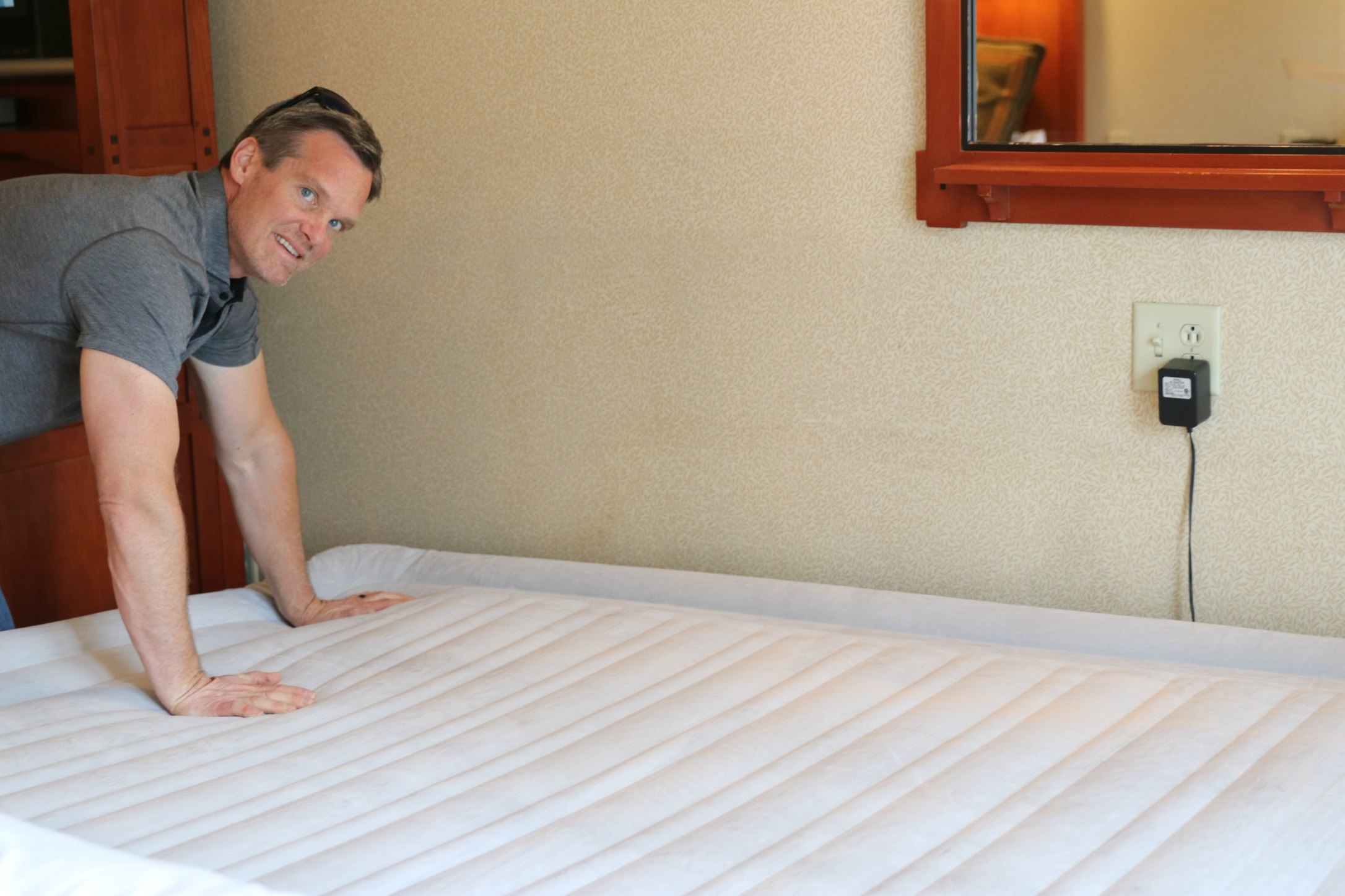 adding an extra bed to a hotel room