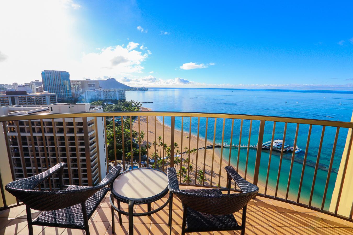Review Hilton Hawaiian Village Full Resort And Rainbow